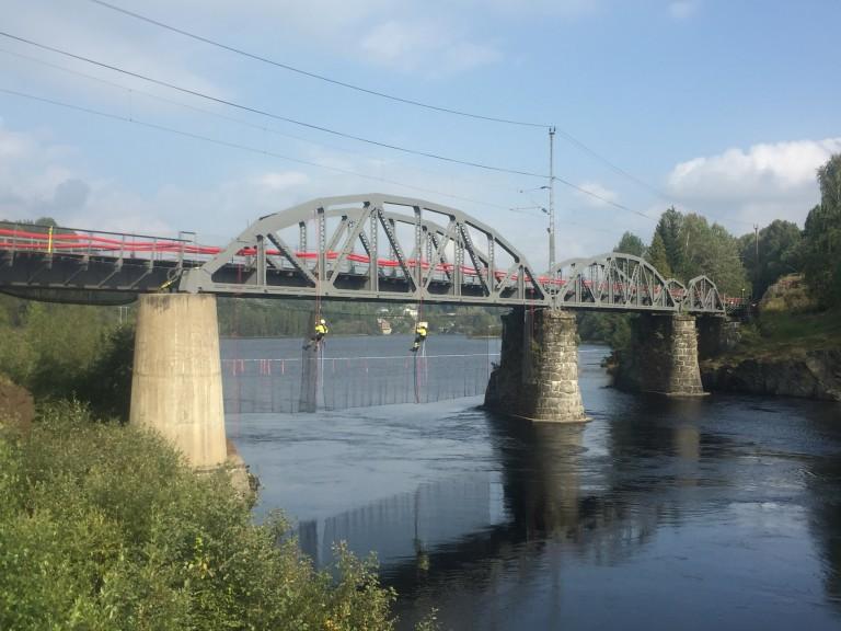 Døvikfoss Bridge
